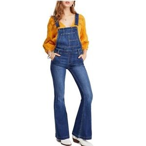 Free people Carly flare overalls size 29